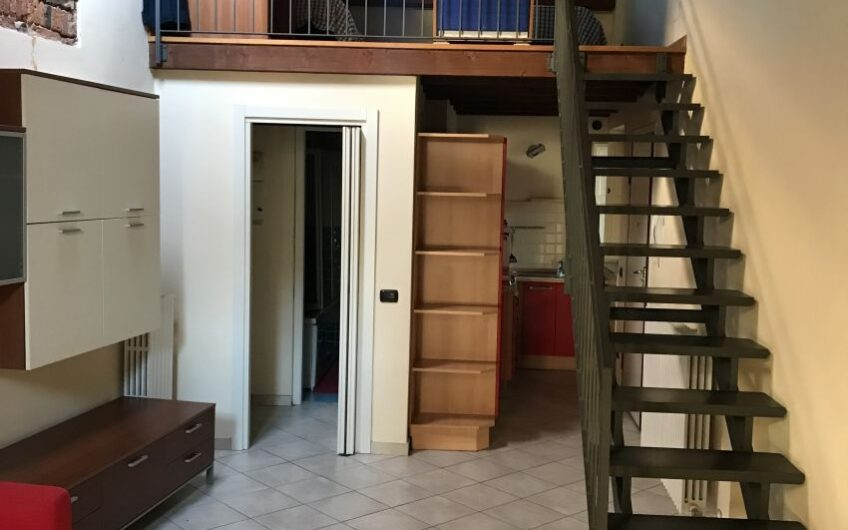 Appartamento Centro Pavia Adiacenze Strada Nuova