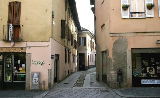 Vendita Bar in Pavia Centro Storico Via Porta Nuova