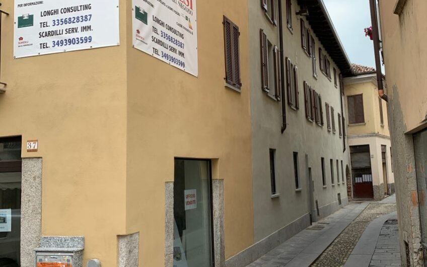 Appartamento a Pavia Centro Corso Garibaldi