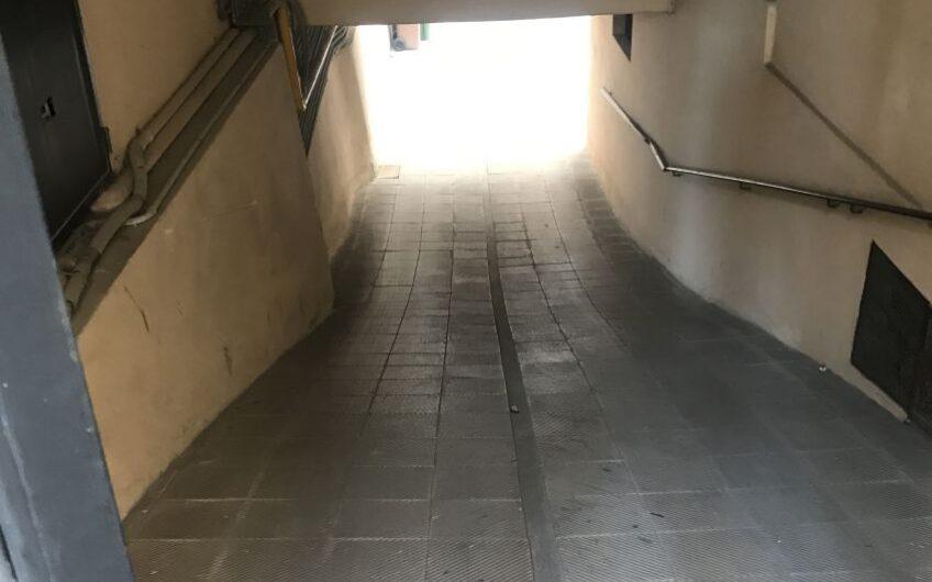 Box Doppio in Pavia Via Cardano