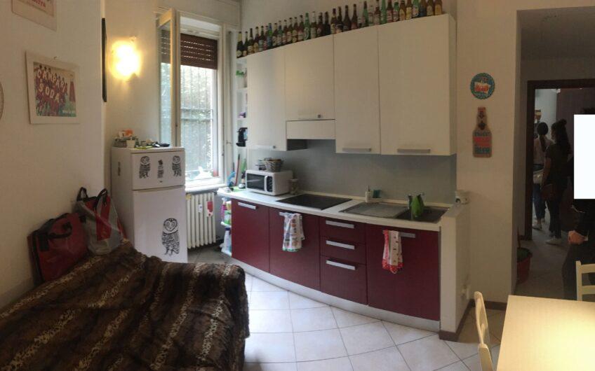 Pavia via del Carmine affittasi signorile bilocale ristrutturato e arredato per studenti