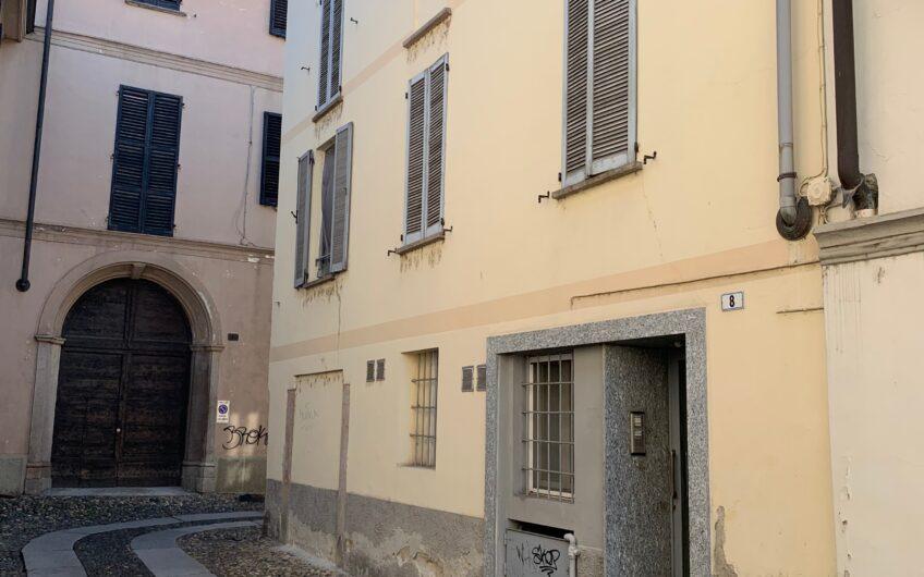 Pavia Università ad. via S. Ulderico bilocale ristrutturato, ottimo investimento